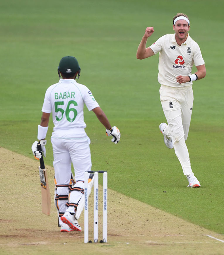 SOUTHAMPTON, ENGLAND - AUGUST 14: Stuart Broad of England celebrates after taking the wicket of Babar Azam of Pakistan during Day Two of the 2nd #RaiseTheBat Test Match between England and Pakistan at the Ageas Bowl on August 14, 2020 in Southampton, England. (Photo by Stu Forster/Getty Images)