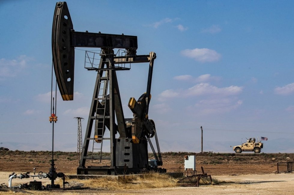 US-YPG deal Oil theft after the displacement of civilians