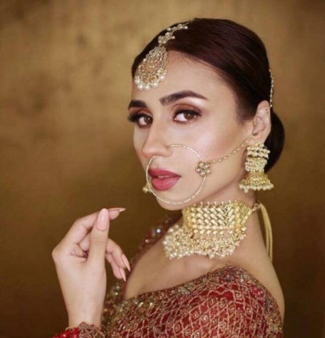 Actress Mashal Khan looks stunning in bridal dresses
