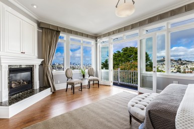 1793 Sanchez Master Suite with incredible San Francisco views, private deck, fireplace