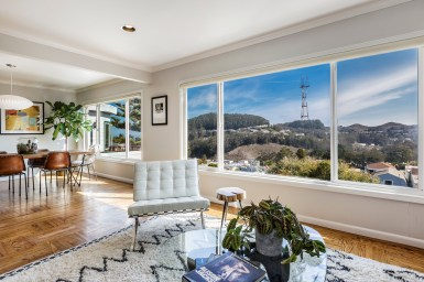 1972 11th Ave Living Room w/ Amazing Sutro Tower/Twin Peaks to Bay Views