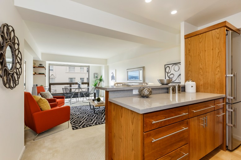 10-1177California304-kitchenliving-high-res