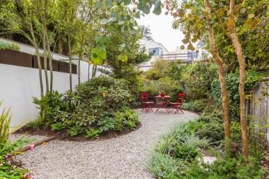 1957 11th Ave Lush Garden