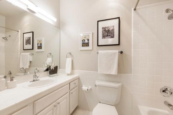 762 Great Highway Master Bathroom