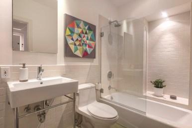 707 Cole St. | Main Level Bathroom
