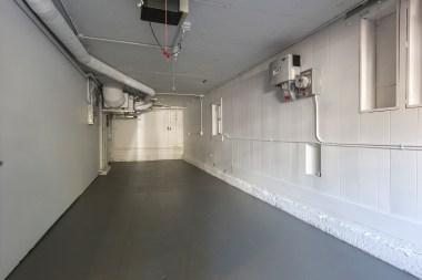 707 Cole St.   2 car garage parking