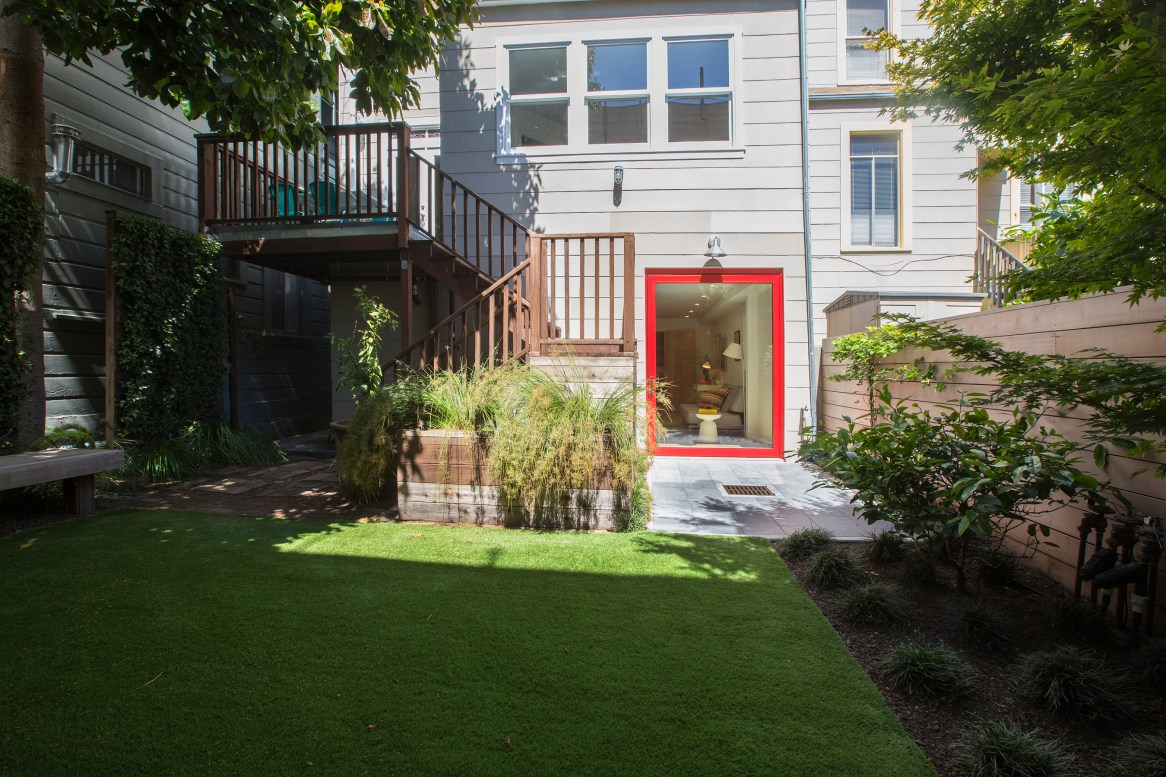 707 Cole St. | Yard and Rear Exterior