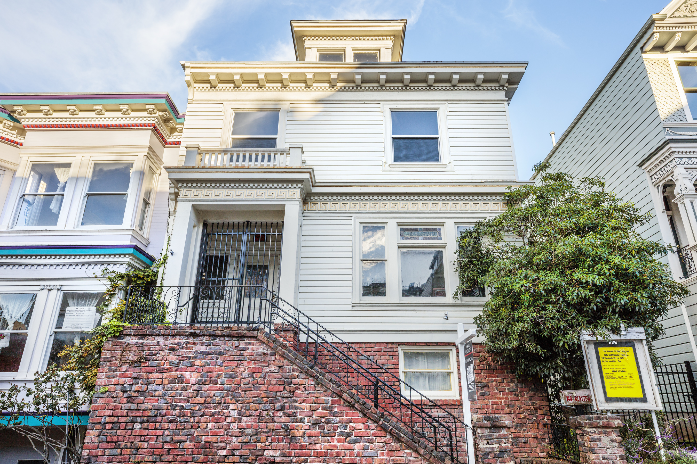 SOLD | 740 Clayton | Haight Ashbury / Cole Valley | $2,600,000