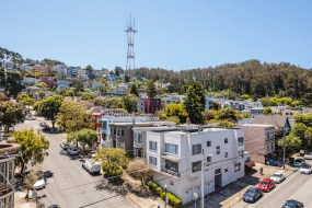 19-4758-17th-roof-view-high-res