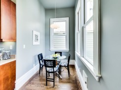 2154 A Market Breakfast Nook