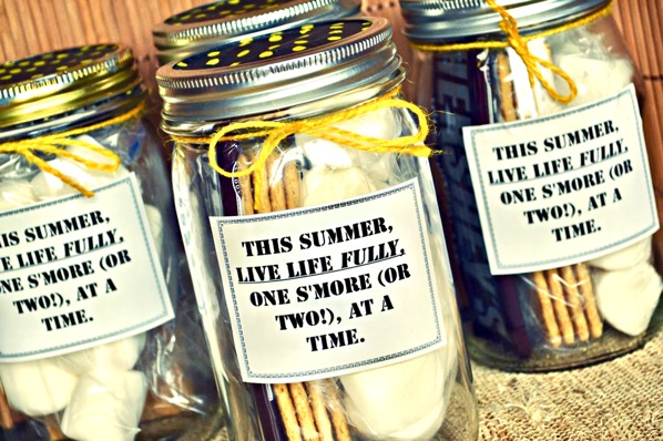 S'mores in a Jar Gift Recipe