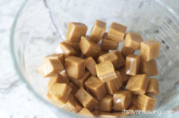 Homemade Caramel Apples Dip