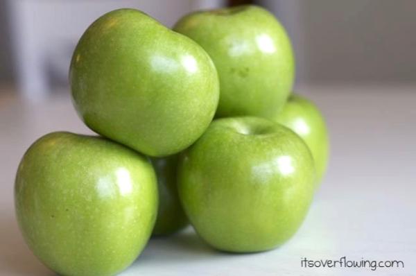 Homemade Caramel Apples Easy