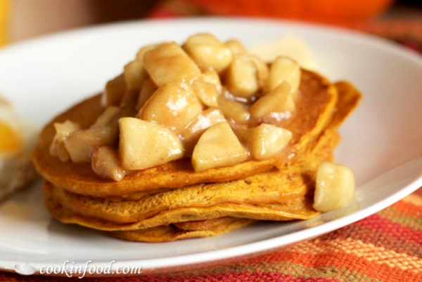 Best Pumpkin Pancakes Recipe with Spiced Apples
