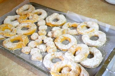 Pumpkin Spice Cake Doughnuts Recipe