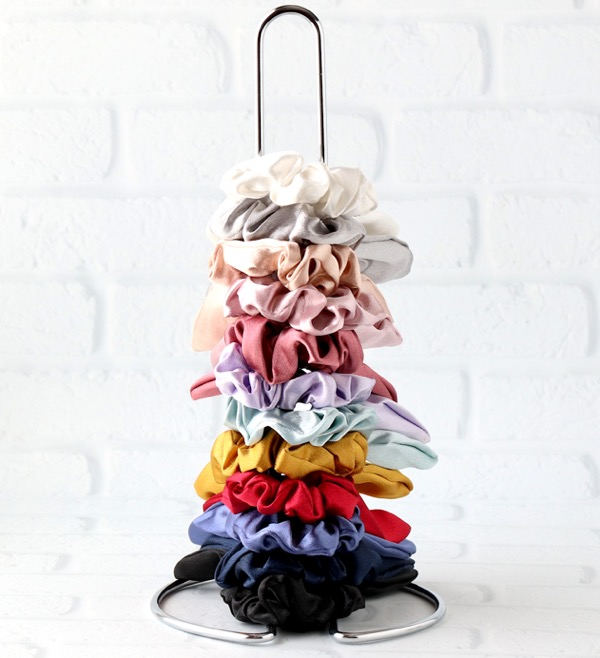 Paper Towel Holder for Scrunchies