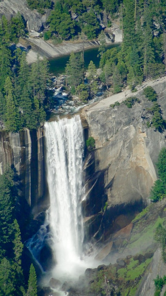 Yosemite National Park Travel Tips from TheFrugalGirls.com