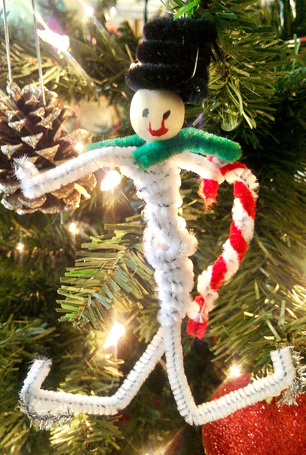 Pipe Cleaner Snowman Ornament