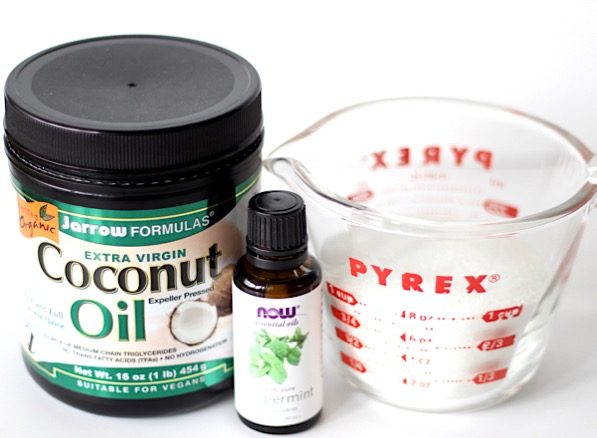 Peppermint Sugar Scrub Recipe with Coconut Oil DIY