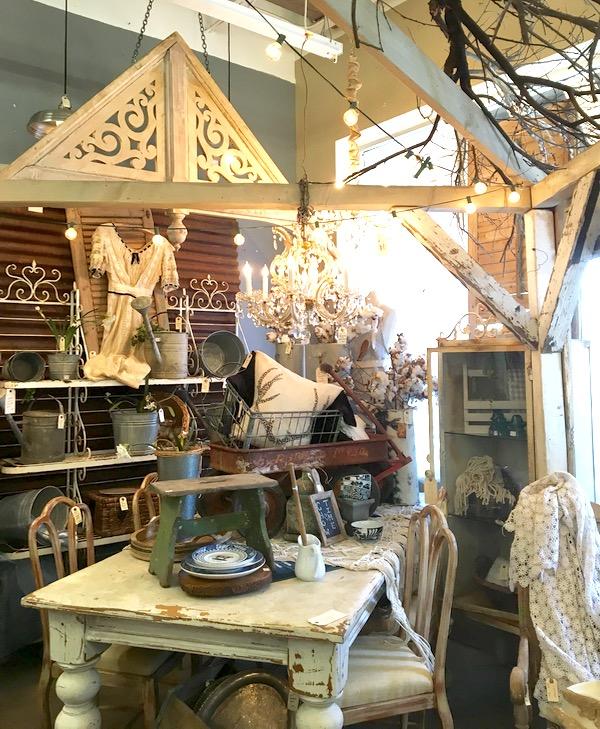 Best Arizona Antique Stores from TheFrugalGirls.com