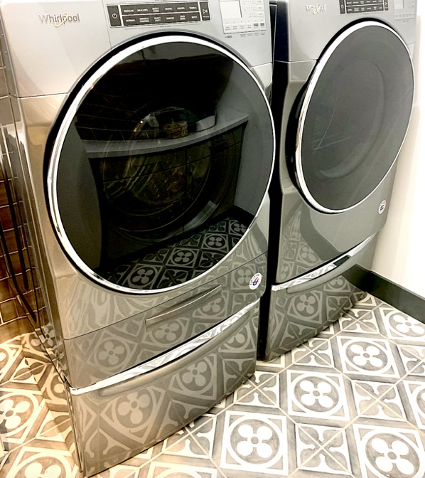 How to Keep Your Washing Machine Smelling Fresh