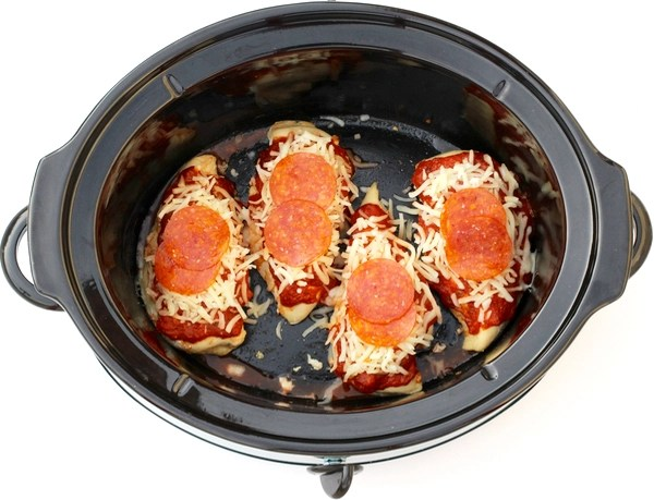 Easy Crock Pot Pepperoni Chicken Recipe from TheFrugalGirls.com