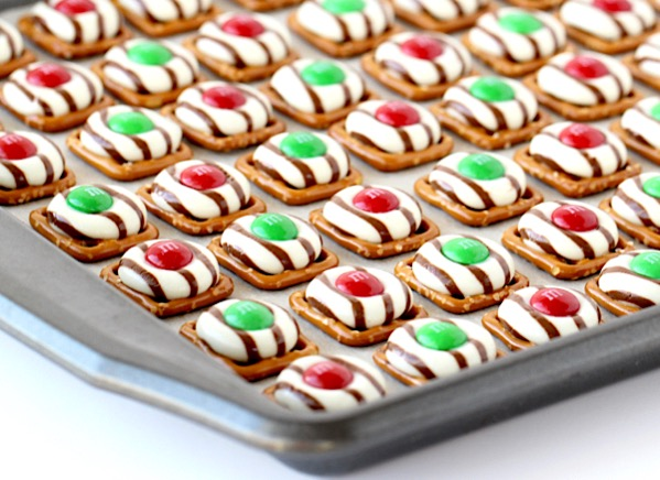 Holiday Pretzel Cookies Recipe Hershey's Hugs