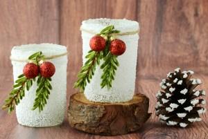 Snowy Mason Jar Candles from DIYThrill.com