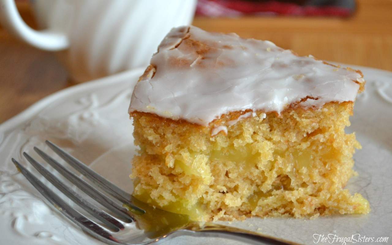 Lemon Long John Cake