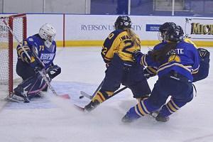 WomensHockey_OliviaMcLeod_ONLINE