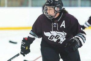 WEB_SPO_Women's-hockey-Richard-Whittaker