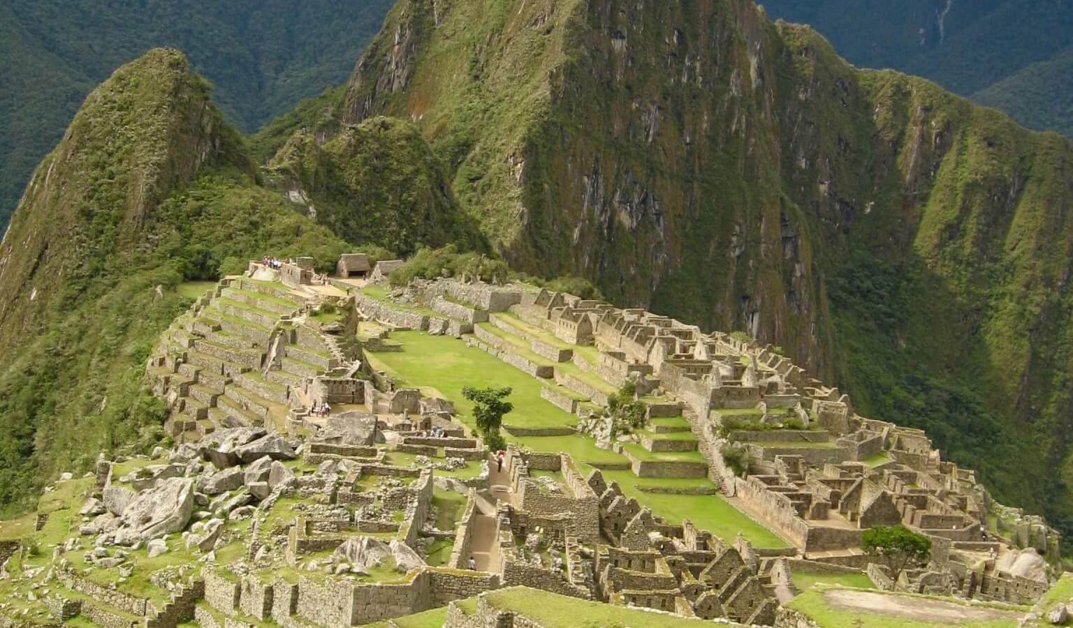Complete view of Macchu Pichu