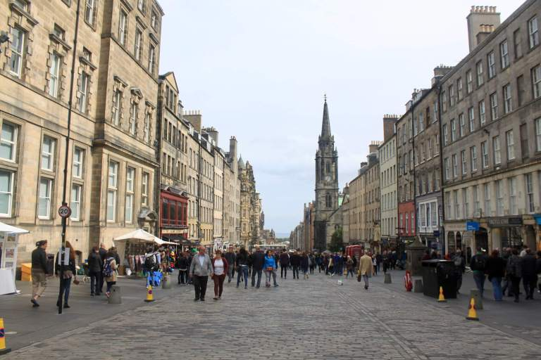Looking down the Royal Mile in the opposite direction