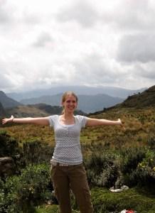 Gwen in Ecuador in cargo capris