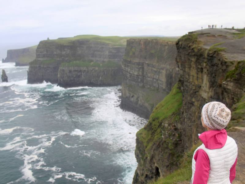 Gwen facing the Cliffs of Moher