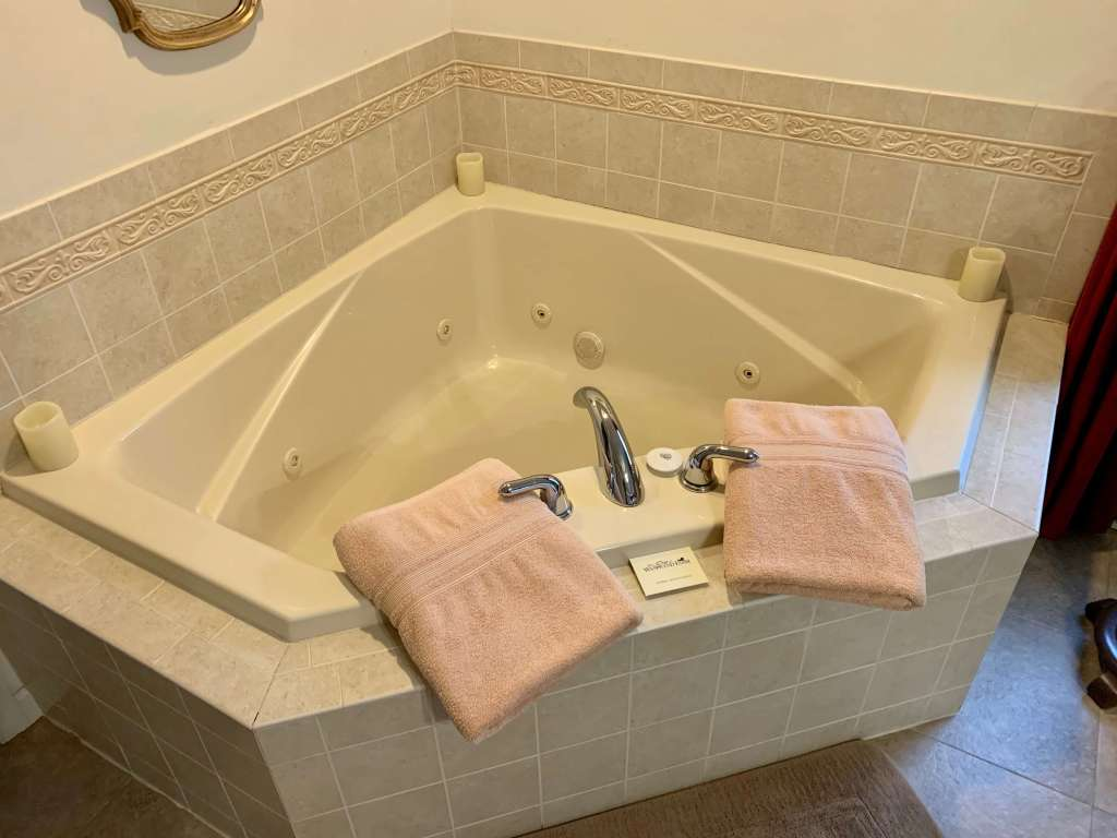Large jetted tub