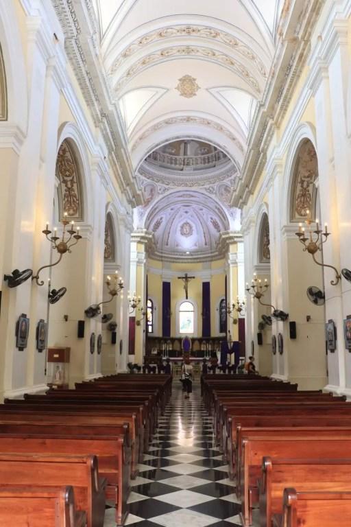 Interior chapel of San Juan Batista church
