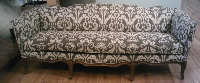 Incredible Why Is Upholstery So Expensive The Funky Little Chair Download Free Architecture Designs Oxytwazosbritishbridgeorg