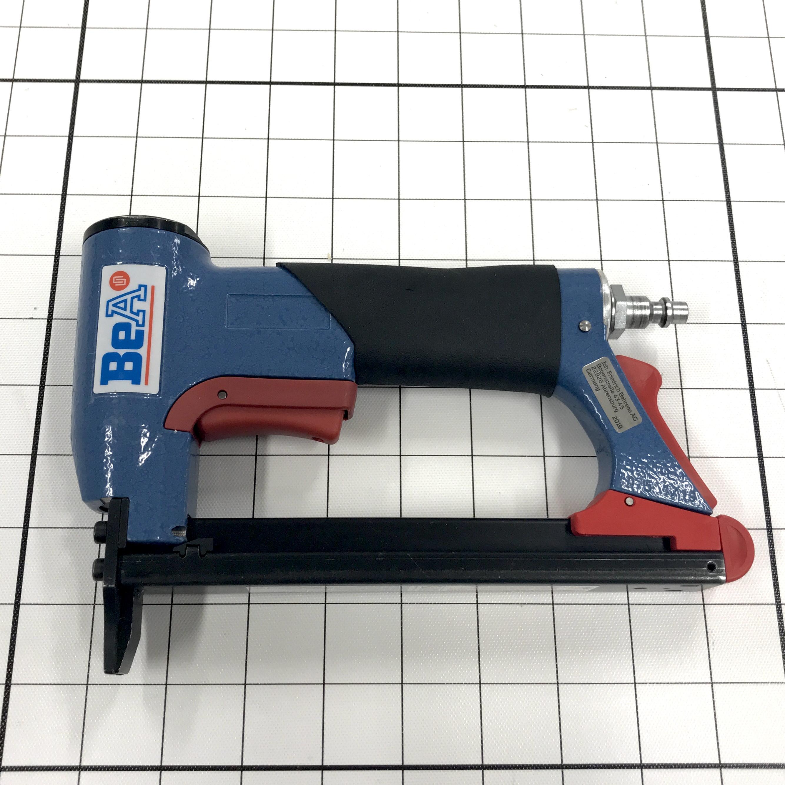 BEA 17 Series Pneumatic Staple Gun - Standard Nose