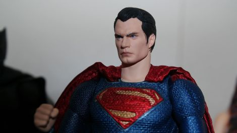 Review Mafex Superman 13