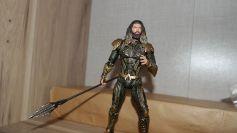 Mafex-Aquaman-Justice-League-Review-5