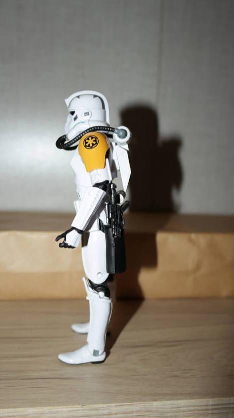 Black-Series-Imperial-JumpTrooper-Review-1