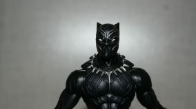 Marvel-Legends-Black-Panther-Review-4