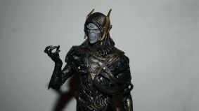 Marvel_Legends_Corvus_Glaive_and_Loki_Review_2