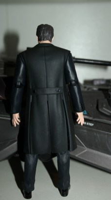 Justice League Review   Bruce Wayne Mafex (Medicom Toy)