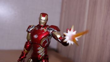S.H Figuarts Iron Man (Avengers Age of Ultron) Review 13