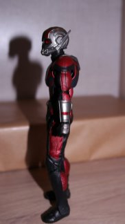 S.H Figuarts Review Ant-Man (Avengers Endgame) 14
