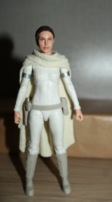 Star Wars The Black Series Padme Amidala Review 7