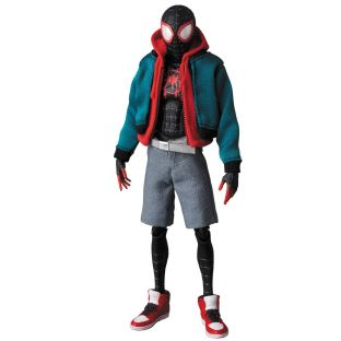 Medicom-MAFEX-Marvel-Miles-Morales-Spider-Man-Into-the-Spider-Verse-Promo-08