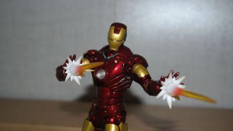 Tamashii Nations S.H. Figuarts Iron Man Mark III Review 6